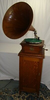 Oak Victor Columbia Disc Phonograph Cabinet Matches Larger Victor Models