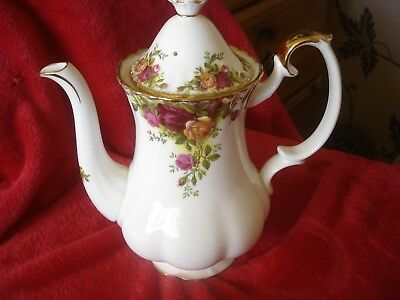 Royal Albert Old Country Roses ****SMALL SIZE COFFEE POT .Unused 1st quality