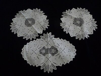 #92G  vtg DOILIES LOT of 3 WHITE fabric OPEN CUT  Embroidered Flowers