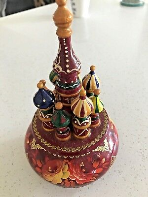 BEAUTIFUL WOODEN MUSICAL REVOLVING ORNAMENT  Russian Babushka STYLE Hand painted