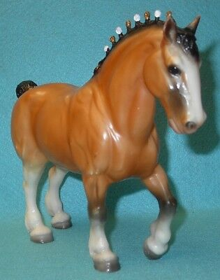 Breyer Traditional Awesome Light Golden Bay Clydesdale Stallion #824 Guc 90-91