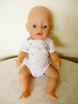 Zapf Creation Baby Born Doll D96472 Rodental Open/shut Eyes Pink Romper 42 Cm