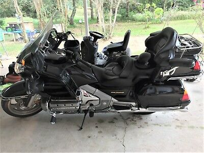 2002 Honda Gold Wing  2002 Honda Goldwing Ready to Cruise across the country