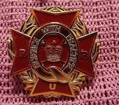 "Australian Hat badge QC ""Science with Practise"" Motto"