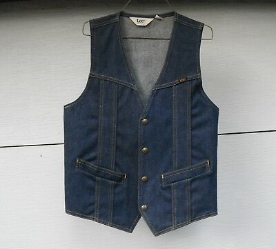 Lee Denim Western style Vintage vest made in USA  size small snaps two pocket