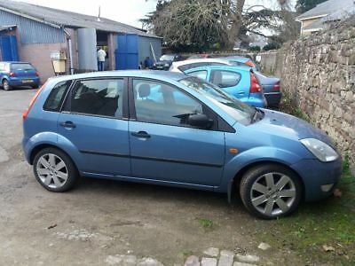 Ford fiesta Zetec 1.4 SPARES or REPAIRS