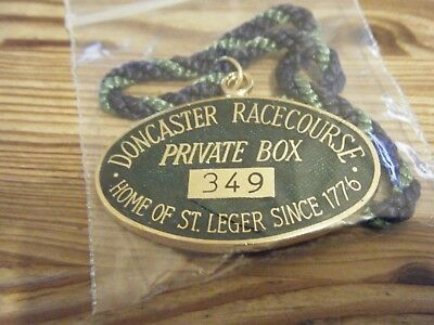 GREEN  DONCASTER  PRIVATE BOX      HORSE RACING  BADGE    No    349    VGC