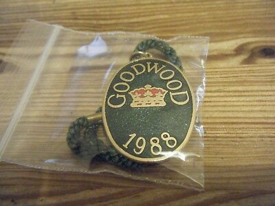 1988  GOODWOOD      HORSE RACING  BADGE     No   M 624      VGC
