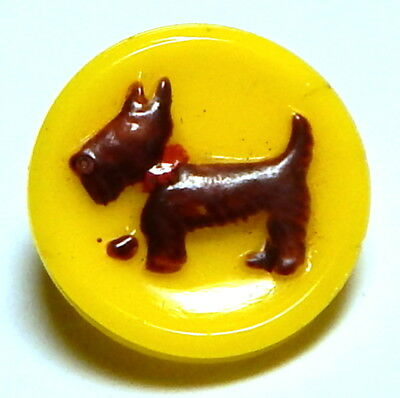 ADORABLE 1940'S SUNNY YELLOW GLASS BUTTON w/SCOTTY DOG