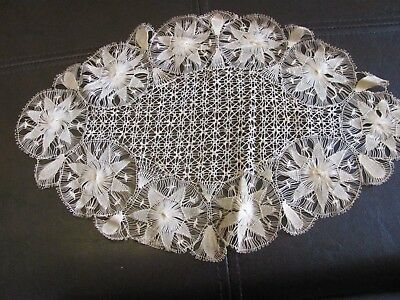 Exquisite Antique Hairpin Lace Doily - Ornate Pattern - Oval - Beautiful