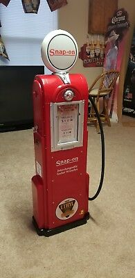 Collectible Snap On Display Case Gas Pump Very Rare