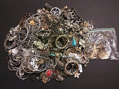 Huge Jewelry Lot Vtg (UNTESTED) Metal Gold Silver Tone