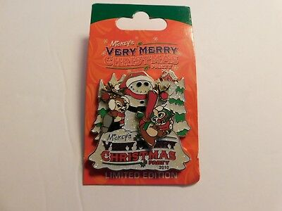 Disney Merry Christmas 2010 Chip And Dale Pin  LIMITED EDITION