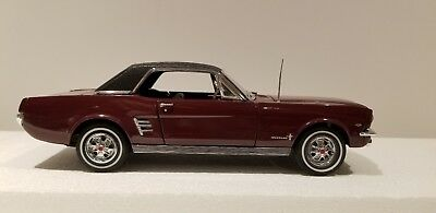 Danbury Mint 1966 Ford Mustang Hardtop Burgundy 1/24th Scale