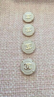 VINTAGE buttons СС logo Chanel, 5 pieces, 20 mm