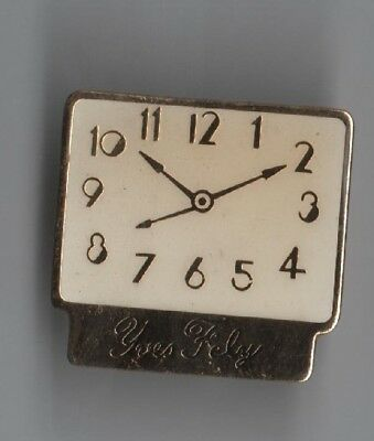 Pin Pin's Badge Montre Watch Yves Fely