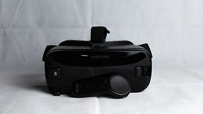 Samsung Gear VR 2017 With Controller
