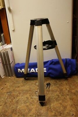 Meade ETX-60 ETX-70  #882 Telescope Tripod with Knobs - Very Good Condition