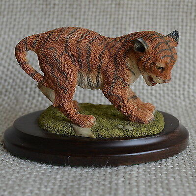 Tiger Country Artists Polyresin Holz Handarbeit England H60xL90xB62 mm