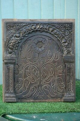 SUPERB 16thC GOTHIC WOODEN OAK PANEL WITH INTRICATE RELIEF CARVINGS c1580s