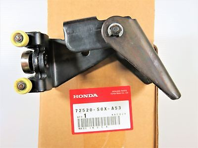 Genuine OEM Honda 72520-S0X-A53 Side Panel Roller Right 99-04 Odyssey OPEN BOX +