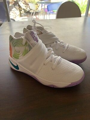 """NIKE KYRIE 2 Youth Kids """"Easter"""" SZ: 2.5Y 827280 105 New Without Box"""