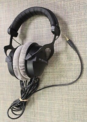 Beyerdynamic DT 770 Studio Pro 80 Ohms Closed Headphones Beautiful