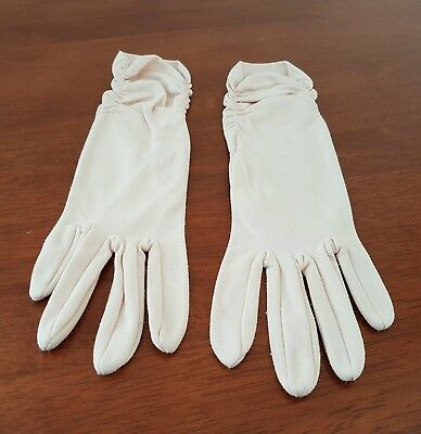Vintage 60s DENTS Australian Made CREAM Mid Length Day GLOVES size 7