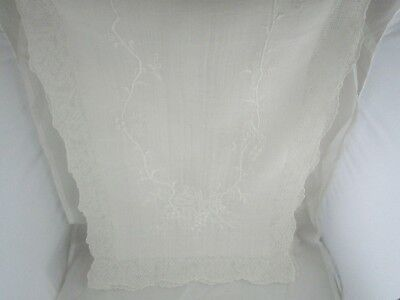 Vintage~Pure Linen~Hand Embroidered Set ~Table Runner ~ 8 Placemats ~ 5 Napkins