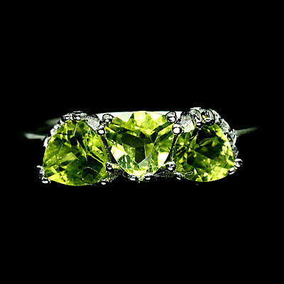 NATURAL! 5 X 5 mm. GREEN PERIDOT & WHITE CZ RING 925 SILVER STERLING WHITE GOLD