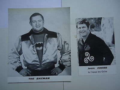 2  PHOTOS DE CATCHEURS Jean CORNE et THE BATMAN