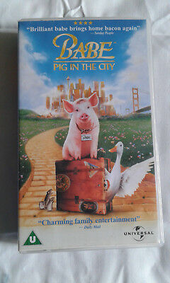 Babe Pig In The City    Vhs Video Tape - U Cert
