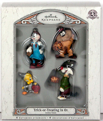 2007 TRICK OR TREATING IN OZ Hallmark Wizard Of Ornament Looney Tunes SET OF 4