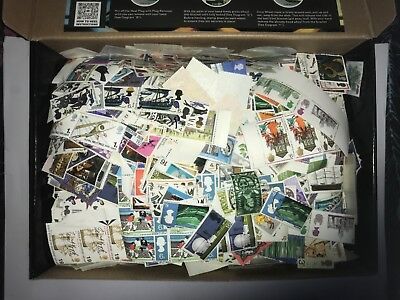 British Commemmorative Stamps-kiloware unsorted all off paper 1 kilo of stamps
