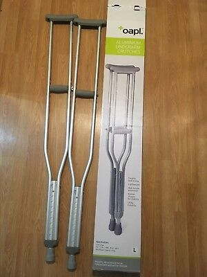 CRUTCHES underarm near new barely used