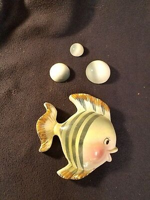 Bradley Exclusives Ceramic Fish Wall Pocket With 3 Bubbles Made In Japan