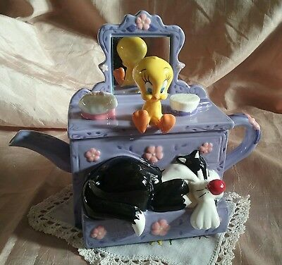 2000 Warner Bros Decorative Figural Sylvester & Tweety Bird Teapot Mint/boxed