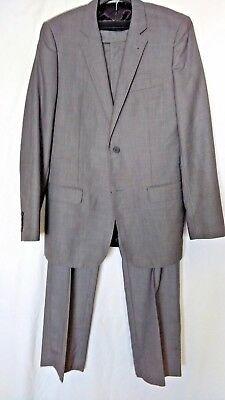 """Mens """"Buttler & Webb""""  Grey Single Breasted Two Piece Suit Size 40 Chest."""