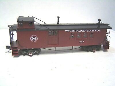 HO Brass Hallmark caboose painted Weyerhaeuser Timber Co. #737 in original box