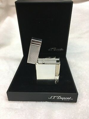 ST Dupont Gatsby Lighter. Silver with Vertical Lines. NEW/Never used.