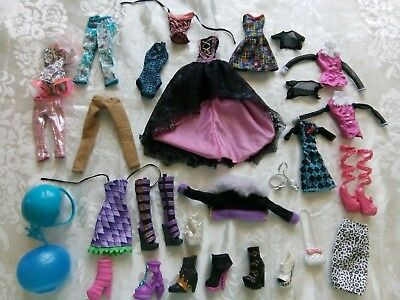 Monster High Clothes and Accessories
