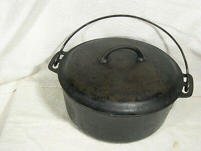 Vintage Griswold Covered Cast Iron Dutch Oven # 8