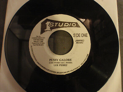 """7"""" Lee Perry/The Wailers*Pussy Galore/Don't Ever Leave Me*Studio One*Ska"""
