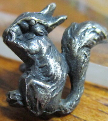 "1940s French White ""REALISTIC SQUIRREL"" Dimi Small~Vintage Antique Button Animal"