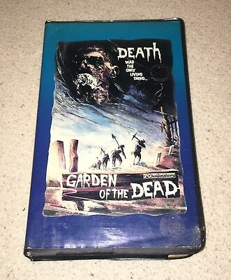 GARDEN OF THE DEAD - Rare Clamshell Horror VHS - Zombies Gore Sleaze Cult