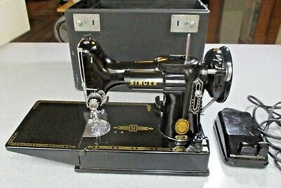 Singer Featherweight Sewing Machine Looks And Works Great #l905419