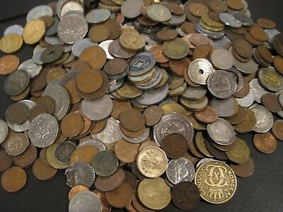 Lot of 500 Unsearched World Foreign Coins  LOT KF-17