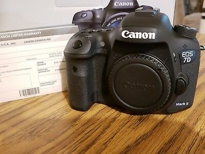 Canon EOS 7D Mark II  MK II Camera Body only - Low Shutter Count  5500-MINT COND
