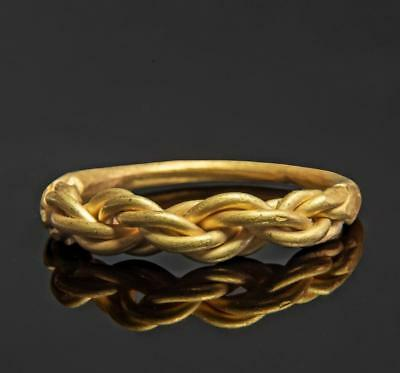 Viking solid gold ring: Circa 9th century AD.