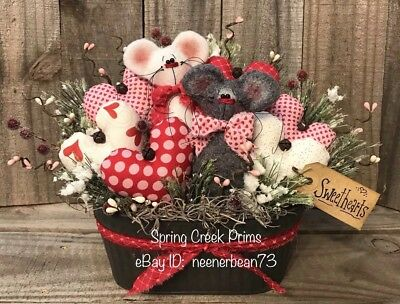Primitive Handmade Spring Valentine Mouse Hearts Sweethearts Decoration